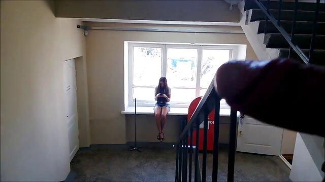 Morena con grandes tetas se la follan en coños apretados xxx la webcam
