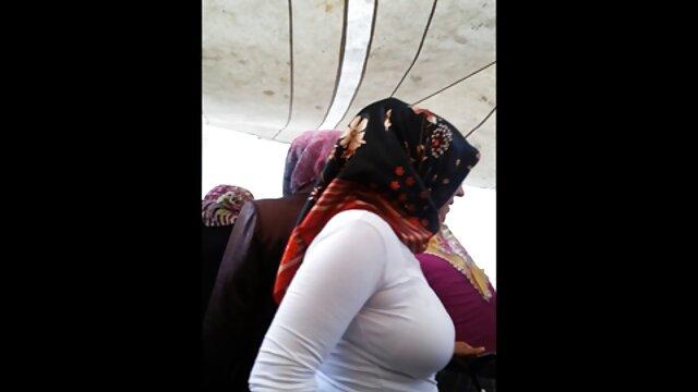 Turbanli Olgunla Kadin coños corridas Evinde komsusuyla Sikisiyor