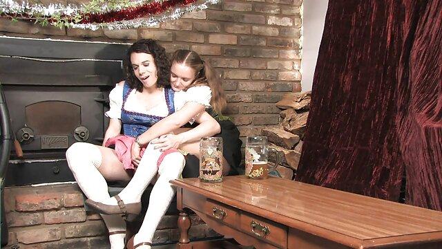 Adolescente varada facialized en videos xxx con comida público por un dom