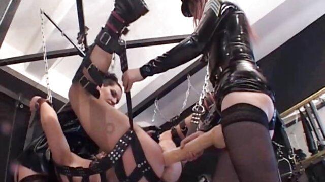hermosa latina masturbandose por webcam videos xxx peludos