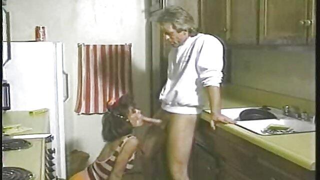 Caliente MILF y su joven amante 574 corridas en chochos